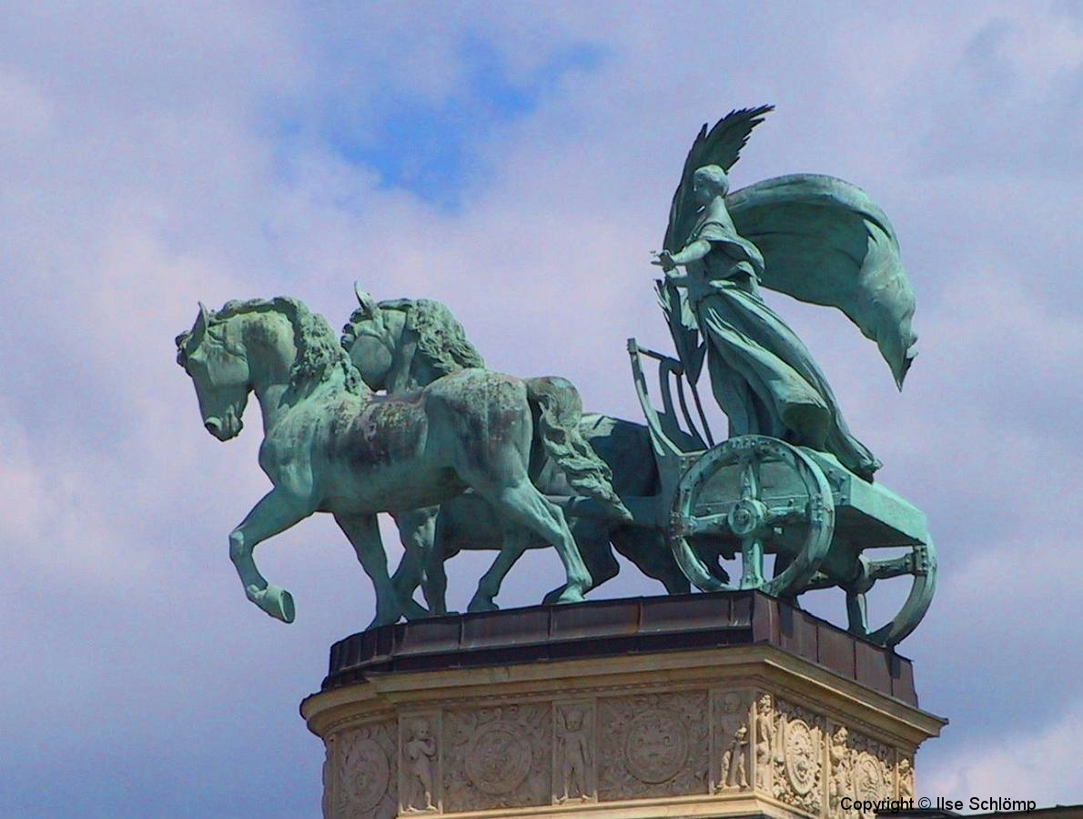 Ungarn, Budapest, Heldenplatz, Kolonnade