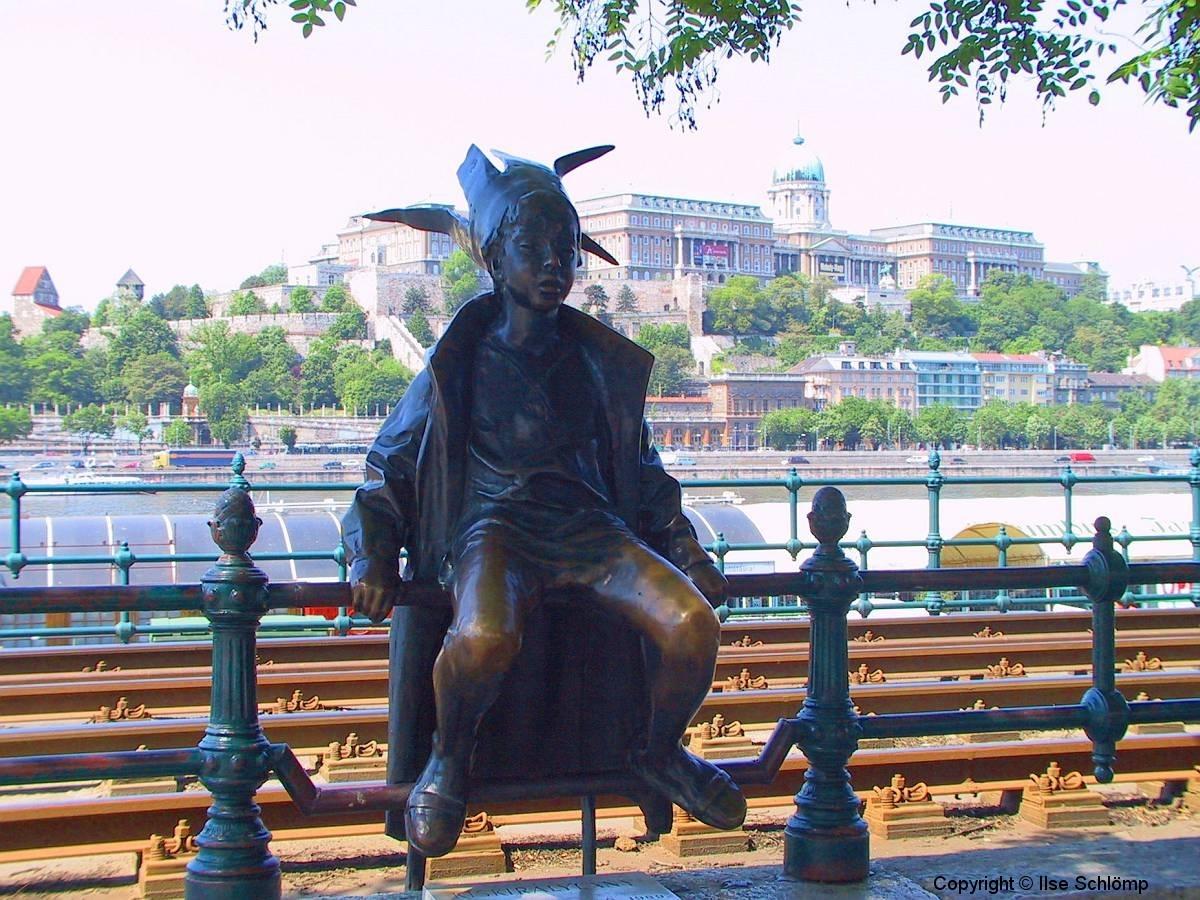 Ungarn, Budapest, Die kleine Prinzessin Statue