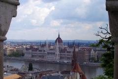 Budapest, Blick von der Fischerbastei auf das Parlamentsgebäude