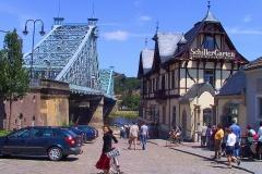 Dresden, Blaues Wunder und SchillerGarten