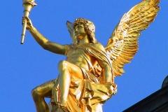 Dresden, Eros auf dem Dach der Kunstakademie