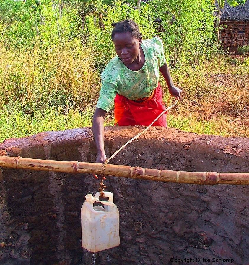 Kenia, Am Brunnen