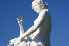 Potsdam, Schloss Sanssouci, Skulptur Juno mit Pfau