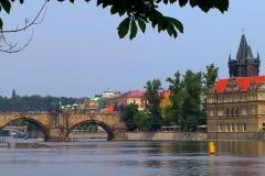 Tschechische Republik, Prag, Moldau mit Karlsbrücke