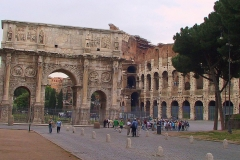 Rom, Triumphbogen und Kolosseum