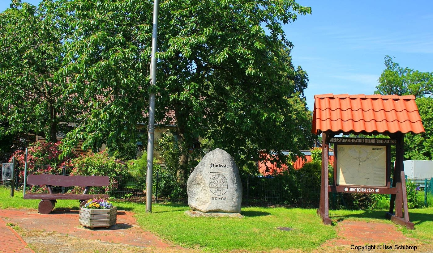 Cuxland, Stinstedt, Am Scheunenplatz, Sommer 2012