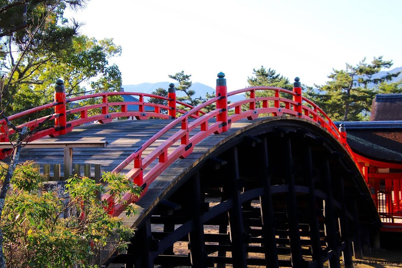 Japan, Miyajima, Itsukushima-Schrein, Bogenbrücke