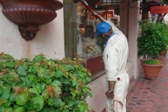 USA, Kalifornien, Santa Barbara, Arkaden, Skulptur Fensterputzer