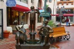 USA, Kalifornien, Santa Barbara, Arkaden, Skulptur Mozart-Trio