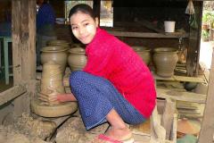 Myanmar, Am Irrawaddy, Besuch einer Töpferei