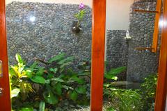 Bali, Puri Dajuma Cottages, Außendusche