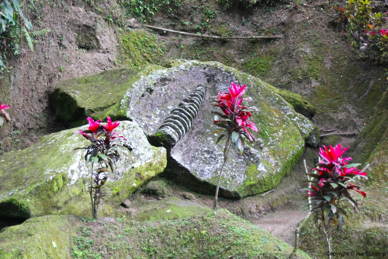 Bali, Goa Gajah Tempel