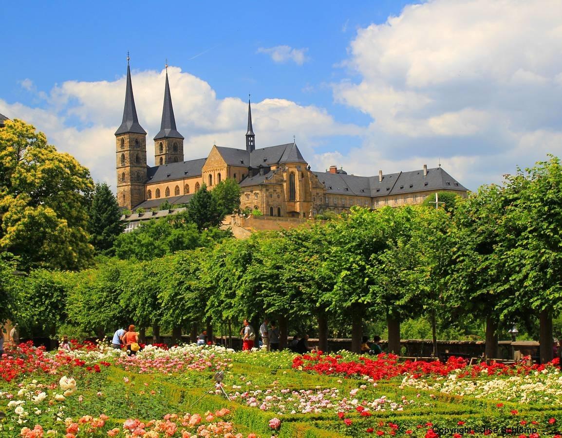 Bamberg, Blick vom Rosengarten auf das Kloster Michaelsberg