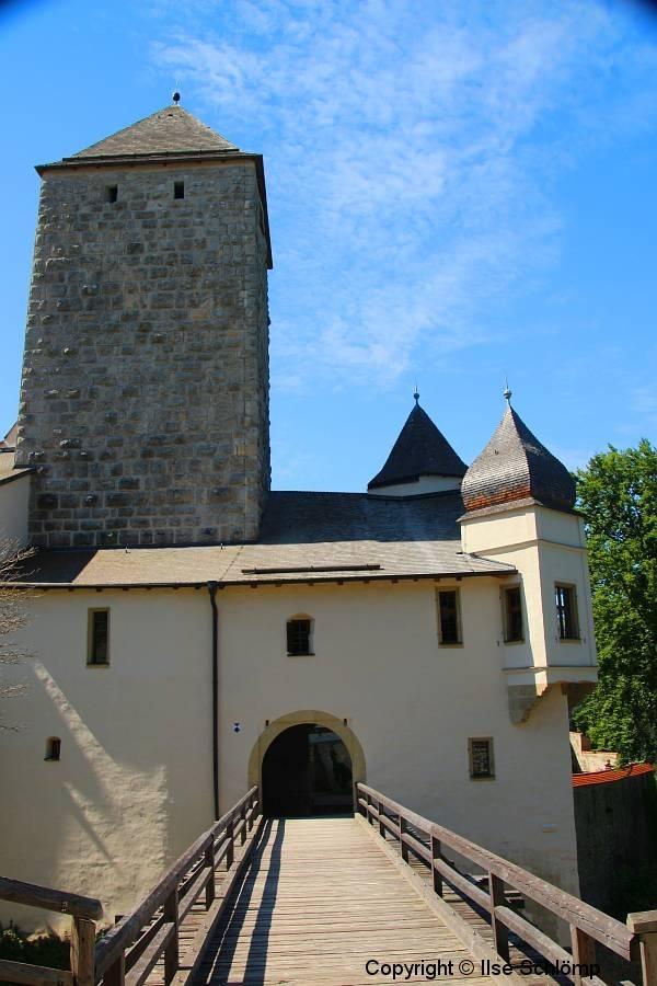 Burg Prunn, Altmühltal, Bayern, Holzbrücke