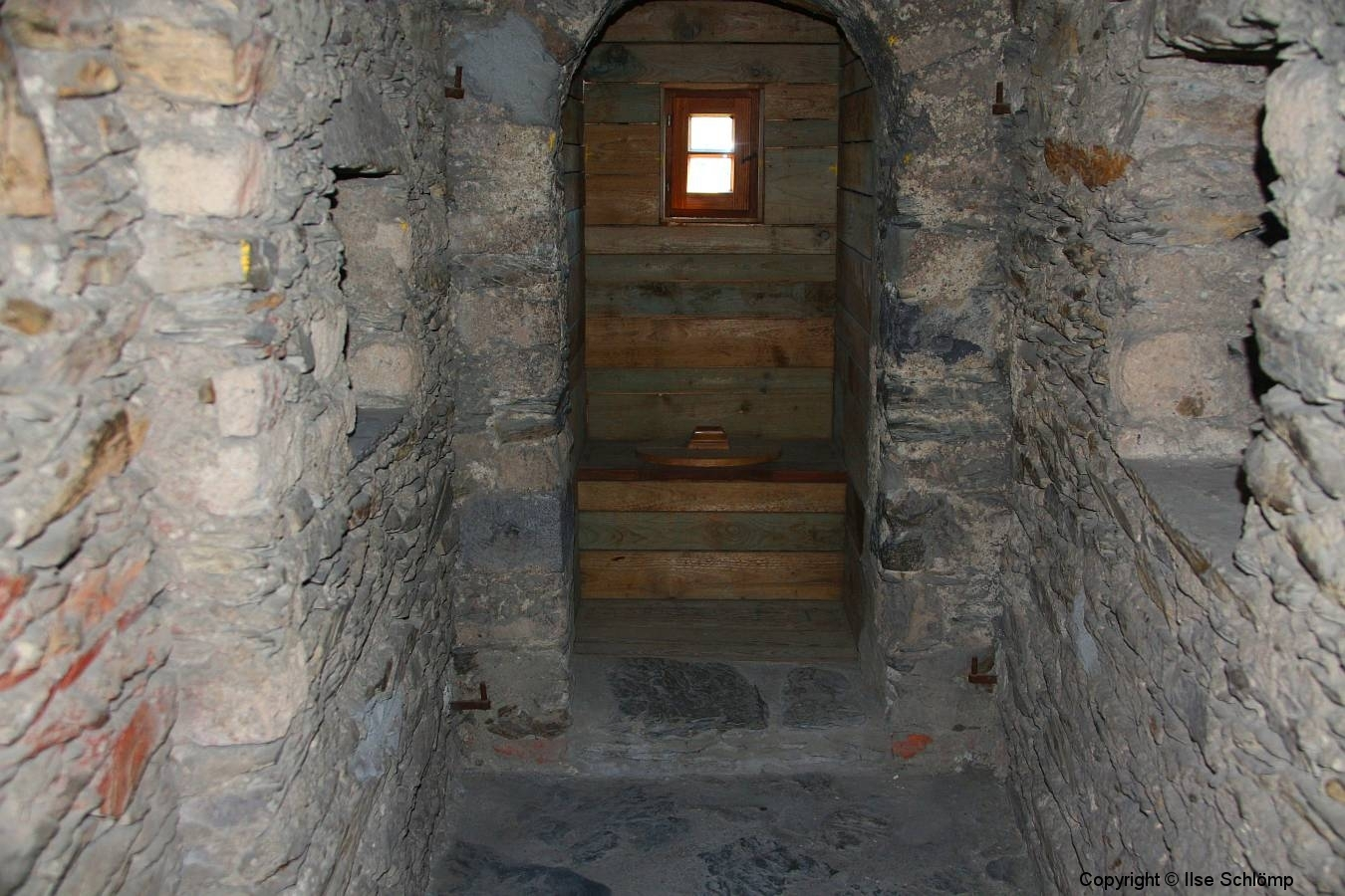 Marksburg, Braubach, Rheinland-Pfalz, Aborterker
