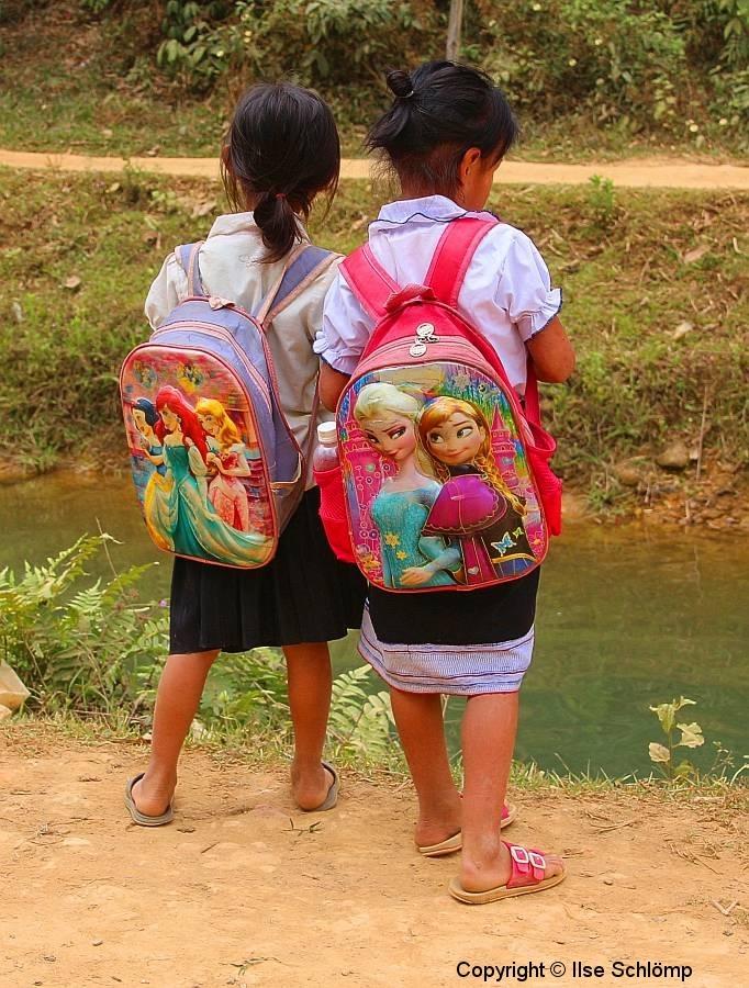 "Laos, ""Anna und Elsa"""
