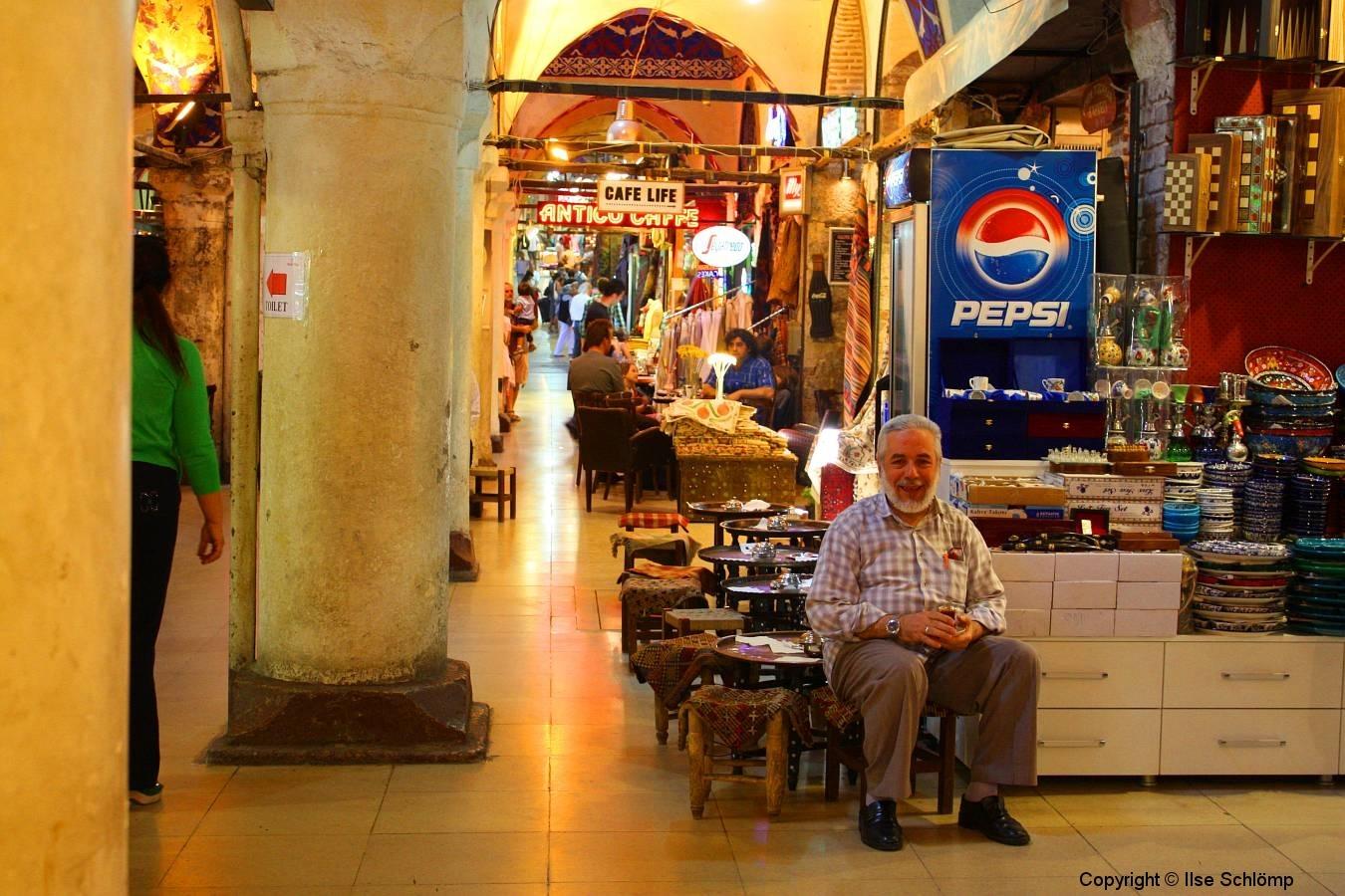 Istanbul, Café im Großen Bazar