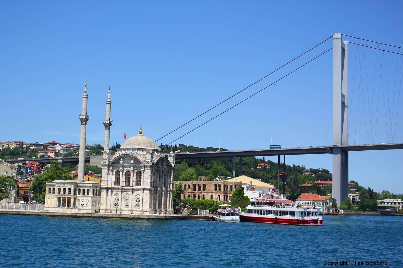 ortaköy moschee istanbul