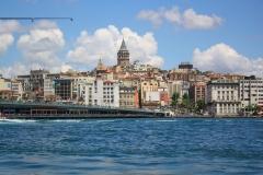 Istanbul, Galatabrücke, im Hintergrund der Galataturm