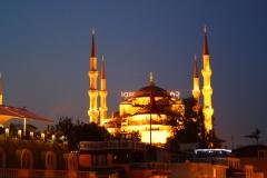 Istanbul, Blick von der Hoteldachterrasse bei Nacht auf die Blaue Moschee