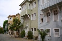 Istanbul, neue Holzhäuser im Wohnviertel hinter der Hagia Sophia