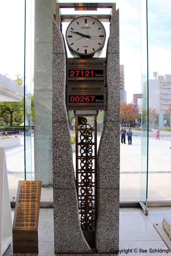 Japan, Hiroshima, Friedensuhr