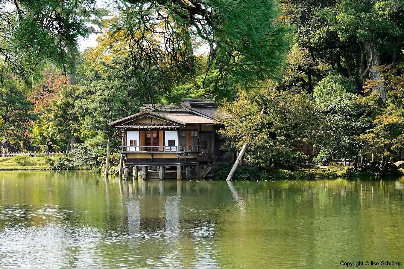 Japan, Kanazawa, Kenroku-en Garten, Kasumi-Teich, Teehaus