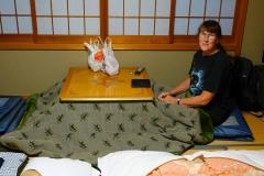 Japan, Koya-san, Tempelübernachtung, Kotatsu (beheizter Tisch)