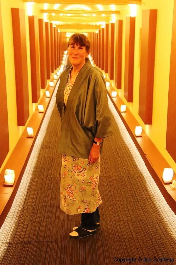 Japan, Takayama, Ryu-Resort, Im Baumwoll-Yukata