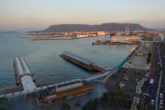 Japan, Takamatsu, Blick aus unserem Hotelzimmer auf den Hafen