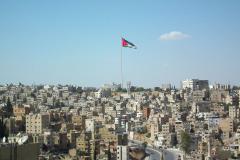 Jordanien, Blick von der Zitadelle auf Amman, In der Mitte der Raghadan Fahnenmast
