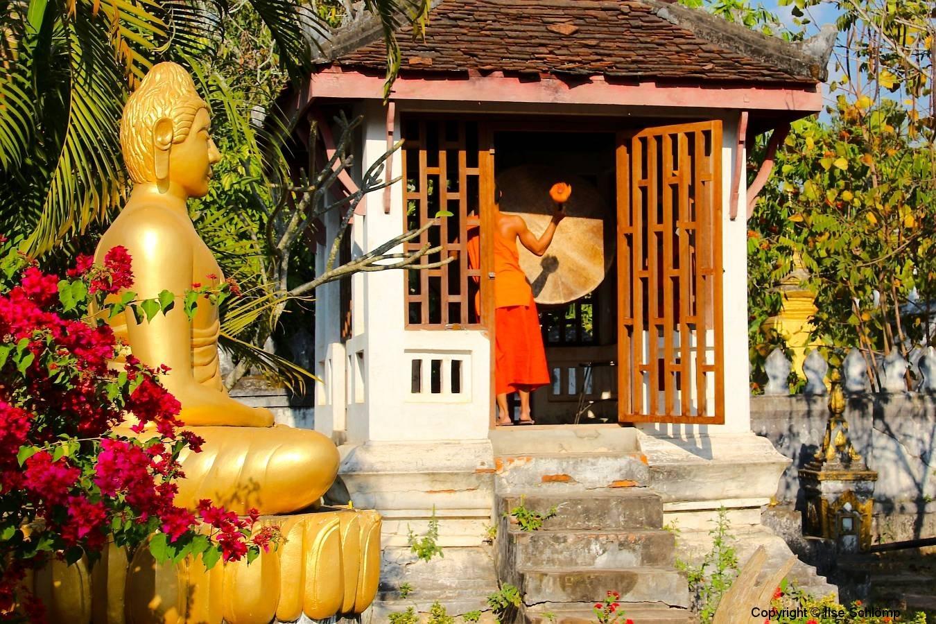 Laos, Luang Prabang, Buddha Tag