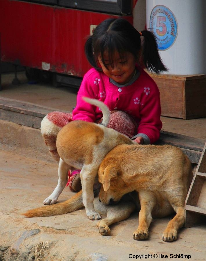 Laos, Muang Ngoi Neua