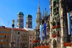 München, Blick vom Rathaus auf die Türme der Frauenkirche