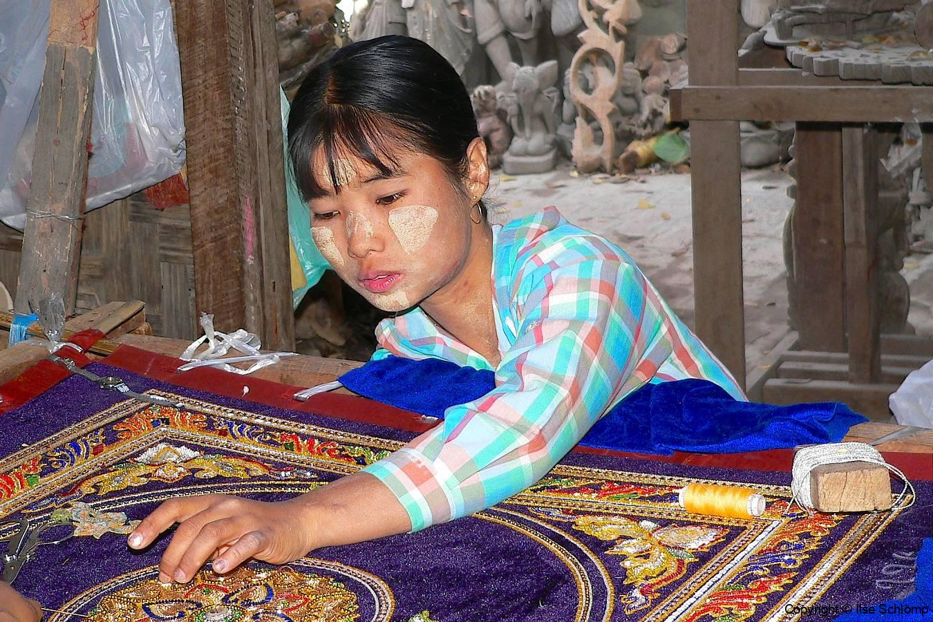 Myanmar, Mandalay, Handwerk Stickerei