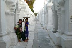 Myanmar, Mandalay, Kuthodaw Pagode