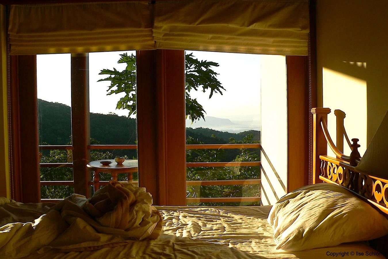 Myanmar, Popa Mountain Resort