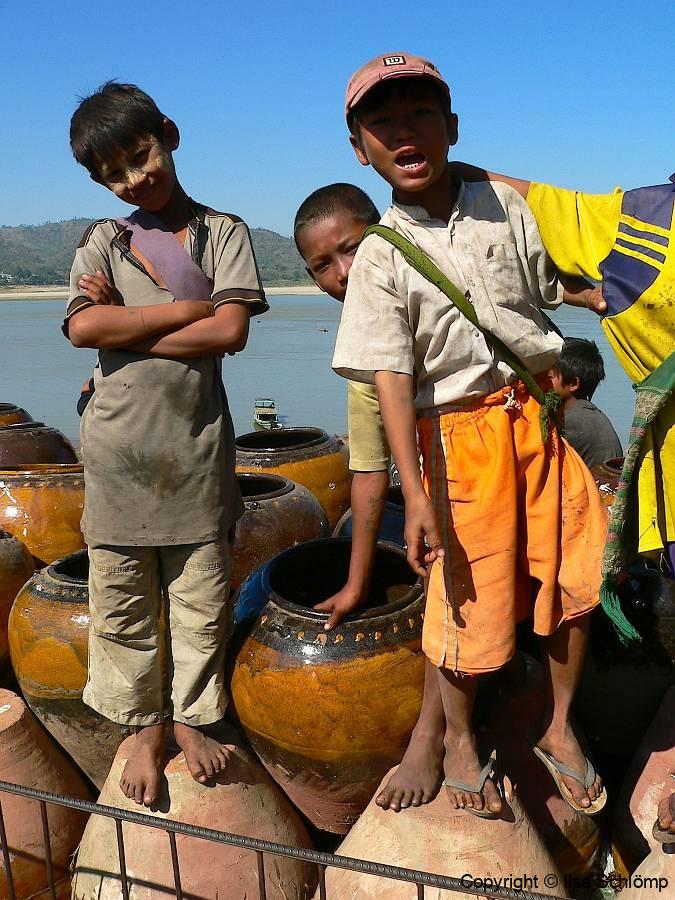 Myanmar, Pyay, Am Irrawaddy