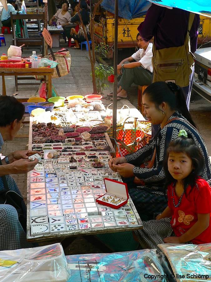 Myanmar, Yangon, Edelsteinhandel