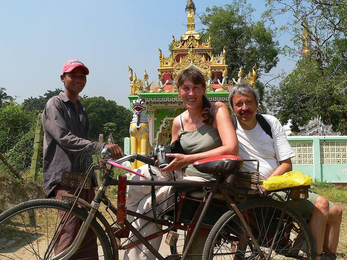Myanmar, Yangon, Auf der Rikscha