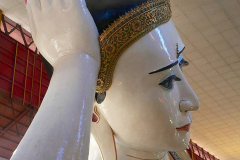 Myanmar, Yangon, Kyaukthatgyi Pagode, Liegender Buddha