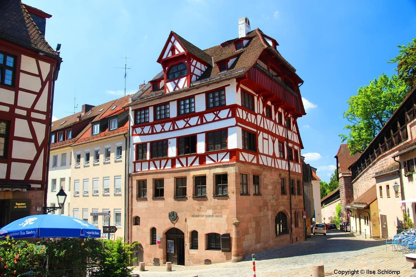 Nürnberg, Albrecht Dürer Haus, errichtet 1420