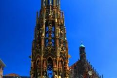 Nürnberg, Schöner Brunnen