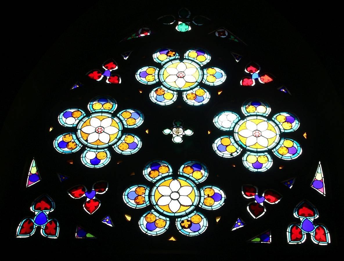 Oberwesel, Liebfrauenkirche, Buntglasfenster
