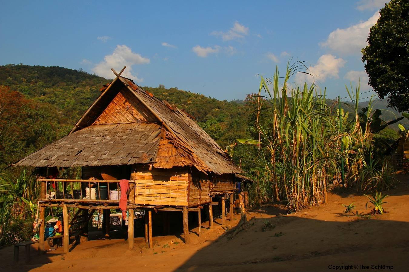 Laos, Oudomxay, Nam Kat Yola-Regenwald, Khmu Village