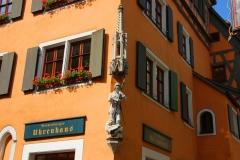 Rothenburg ob der Tauber, Georgengasse, Skulptur des Heiligen St. Georg