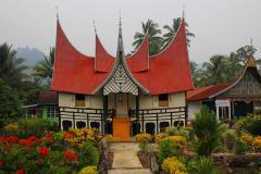 Sumatra, Ruma Gadang Bundokanuang