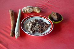Sumatra, Zutaten für Ingwertee mit Gewürzen