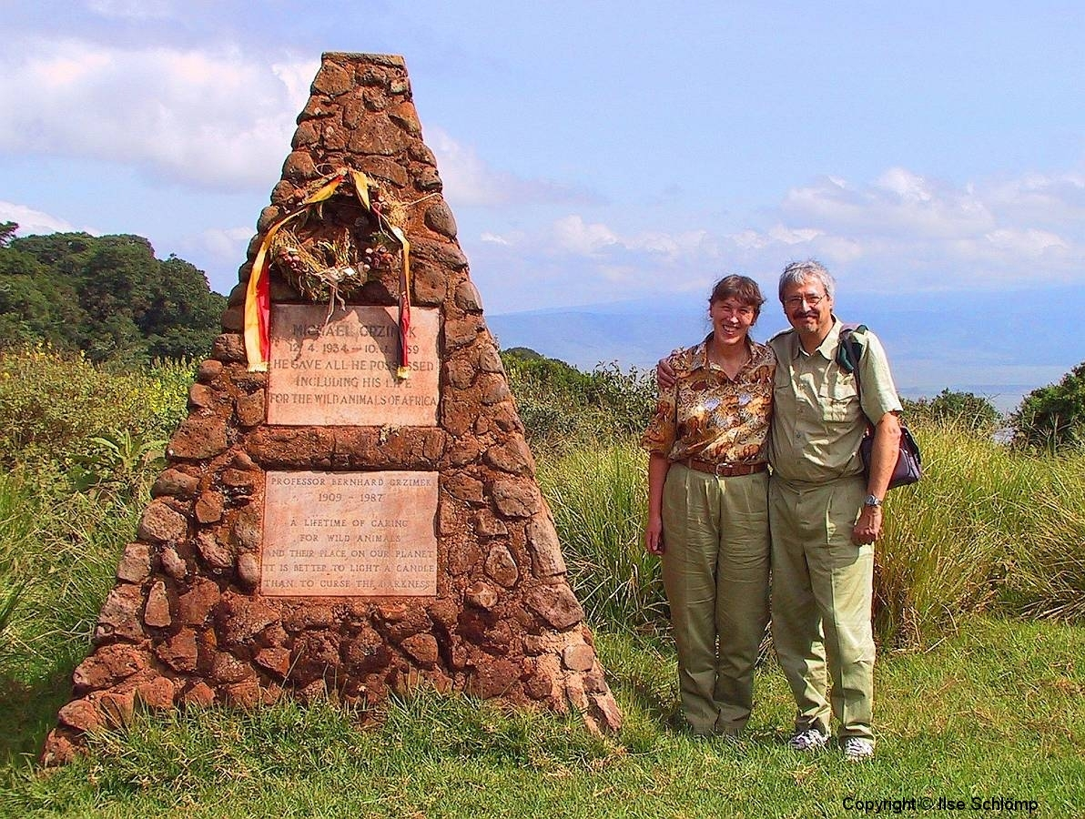 Tansania, Grab von Prof. Grzimek und Sohn Michael im Ngorongoro