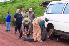 Tansania, Serengeti, Zweiter Radwechsel